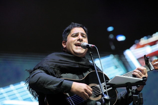 Martín Paz fue ovacionado en su debut como solista.