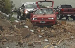 Desmoronamientos en el camino de las Altas Cumbres.
