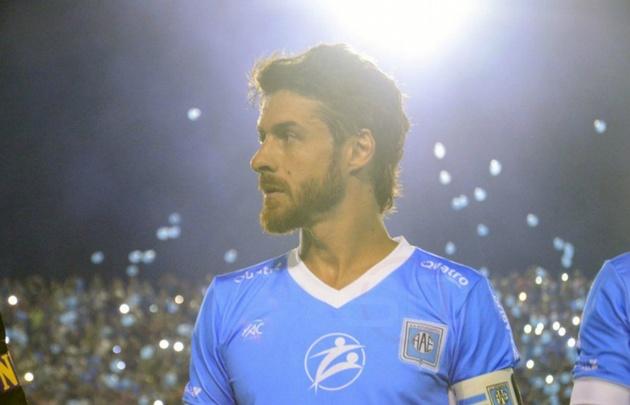 Aimar cumplió el sueño de retirarse en el club donde se crió (Foto: SporsCenter).