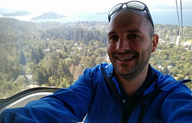 Alejandro Bustos, en el complejo Cerro Otto de Bariloche.