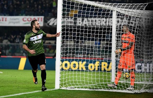 Higuaín convirtió en el triunfo de Juventus.