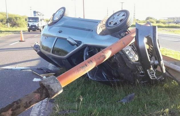 Accidente en Av. Circunvalación de Santa Fe.