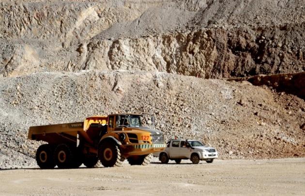Dos operarios de la mina Gualcamayo murieron al volcar su camioneta.