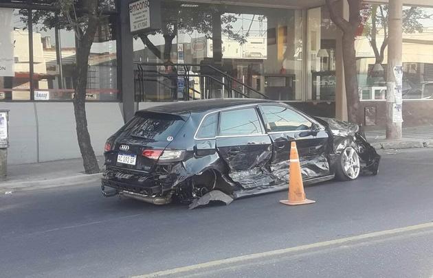 Impresionante accidente en Castro Barros