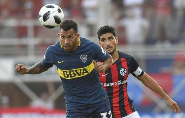 Carlos Tevez marcó su primer gol desde su regreso a Boca.