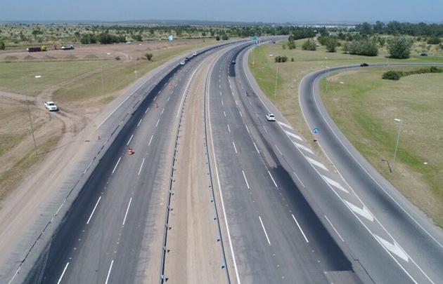 Inauguran el cuádruple carril de la autopista Córdoba-Carlos Paz.