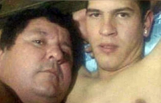 Escándalo en Paraguay: Filtran las fotos de un presidente con su jugador en la cama