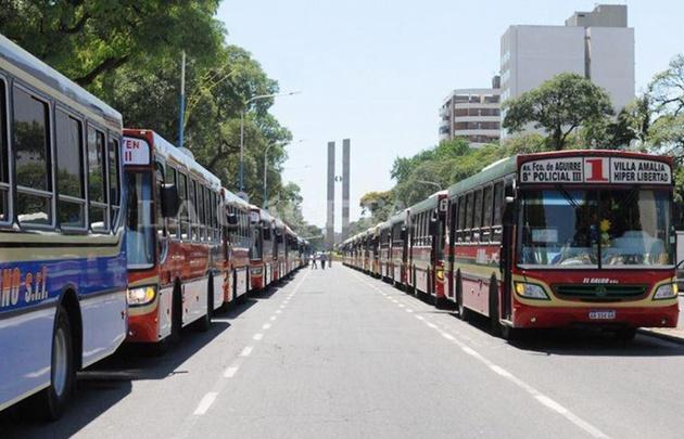 Paro de colectivos en Tucumán.