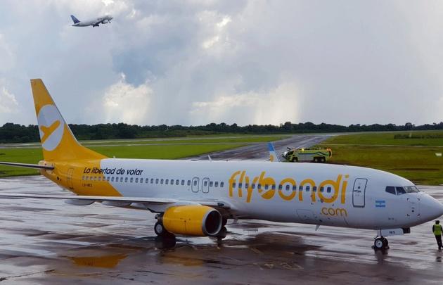 La llegada de las compañías de bajo costo puso en alerta a los gremios aeronáuticos.