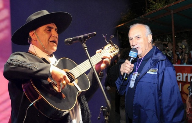 El Chaqueño recordó a Luis Yunes en la Fiesta Nacional del Lago.