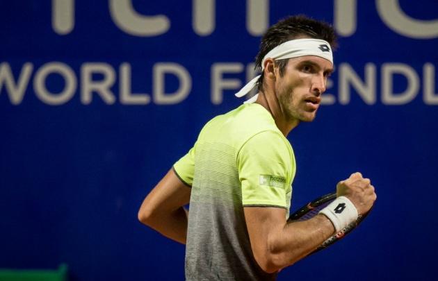 Leonardo Mayer se metió por primera vez en los cuartos de final del Argentina Open.