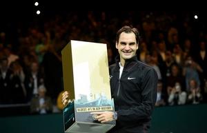 Federer superó como número 1 de más edad al estadounidense Andre Agassi.
