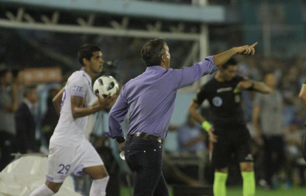 Pablo Lavallén rescató el buen funcionamiento de su equipo en el segundo tiempo.
