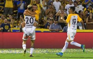 Rosario Central goleó a Olimpo y se acomoda en la tabla de posiciones.