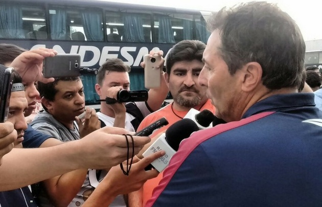Kudelka dialoga con la prensa en tierras sanjuaninas (Foto: @CATalleresdecba)