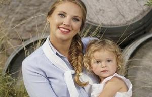 María José, con su pequeña hija Emma.