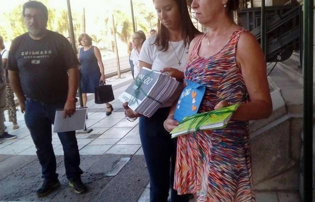 Gigliotti y su pareja entregaron al gobernador un petitorio para recuperar a Kiki