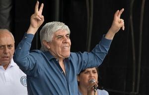 El dirigente camionero negó estar involucrado en casos de corrupción.