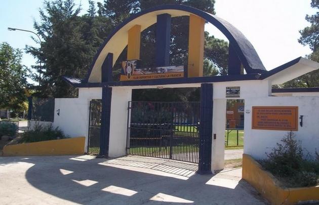 El hecho ocurrió en la mutual del Club Deportivo y Cultural La Francia.
