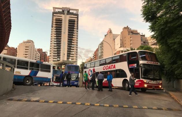 El transporte interurbano se vio afectado este lunes en Córdoba.