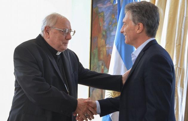 José María Arancedo, junto a Mauricio Macri.