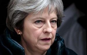 La primera ministra de Reino Unido, Theresa May, tomó fuertes medidas contra Rusia.