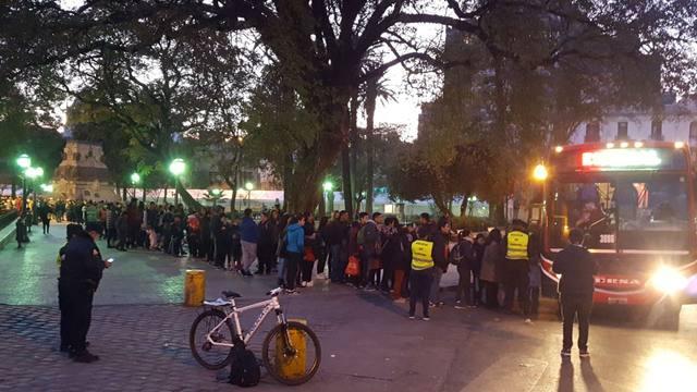 FOTO: Una multitud disfrutó de Luciano Pereyra