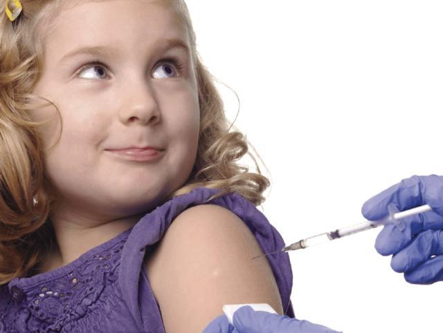 FOTO: HPV: una vacuna para ellas…y también para ellos