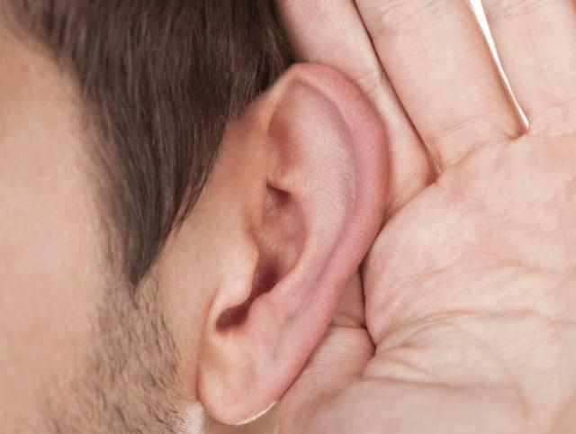 FOTO: Un implante que permite recuperar la audición