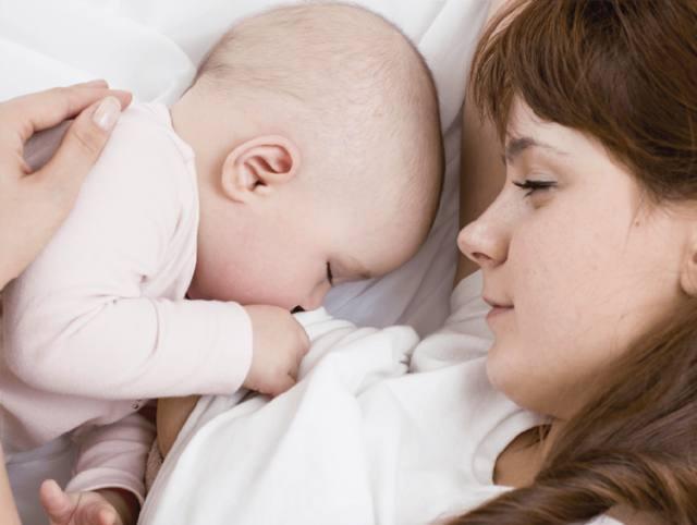 FOTO: Elegí amamantar: la mejor opción para vos y tu bebé