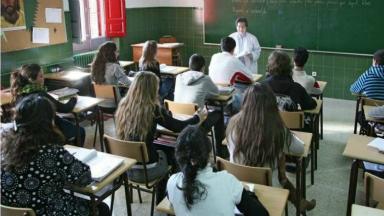 AUDIO: Argentina, uno de los países que menos respeta a maestros