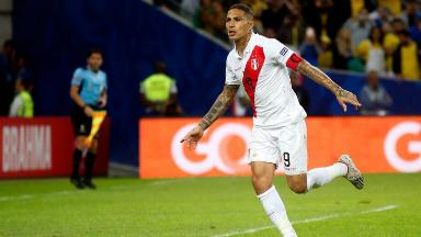 AUDIO: 1º Gol de Perú (Guerrero)