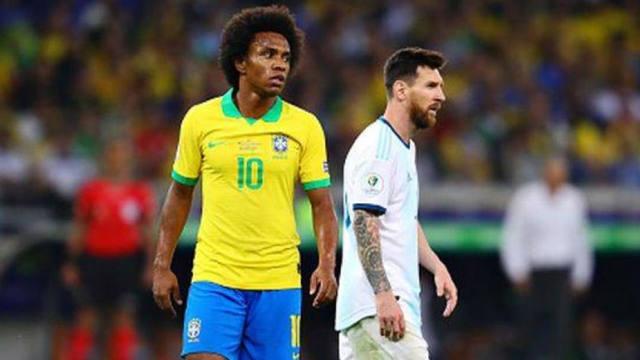 FOTO: William cruzó a Messi por sus críticas al arbitraje