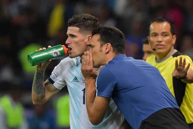 Scaloni ve difícil poner a Messi y dos atacantes de entrada - Copa América  2019 - Cadena 3 Argentina