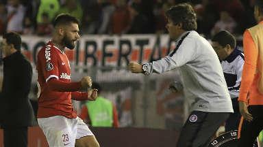 AUDIO: 1º Gol de Inter (Rafael Sobis)