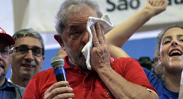 FOTO: El ex presidente Lula da Silva fue condenado por corrupción.