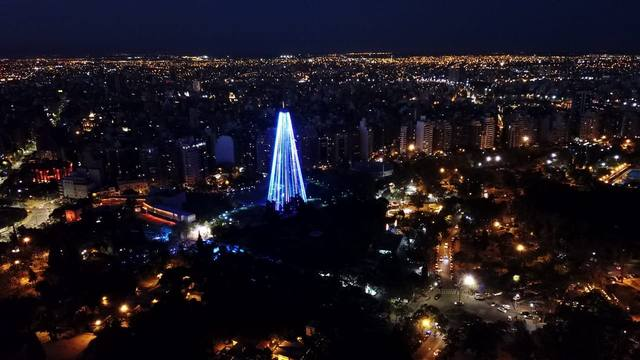 FOTO: La mejor vista del Árbol Navideño de Córdoba