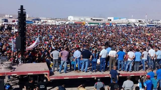 FOTO: Más de 15 mil petroleros en estado de alerta y movilización