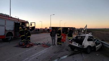 AUDIO: Un muerto en un accidente en la autopista Córdoba-Rosario