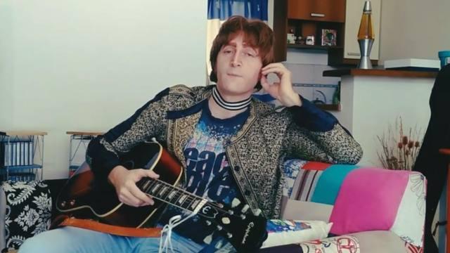 FOTO: Javier Parisi, el argentino que es igual a John Lennon