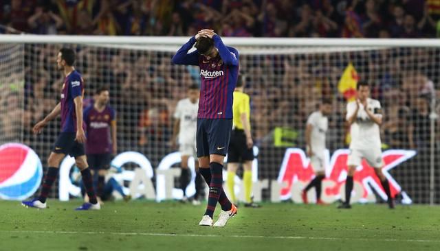 FOTO: El gol de Messi no alcanzó y el Barça cayó ante el Valencia