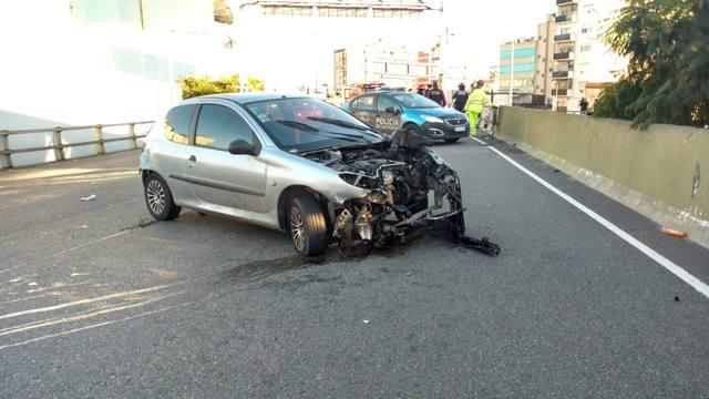 FOTO: Caos vehicular por un accidente sobre Au. 25 de Mayo