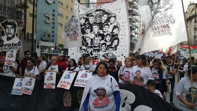 FOTO: Córdoba se sumó a la marcha contra el gatillo fácil