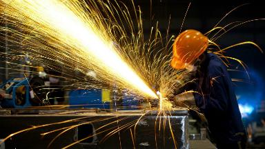 AUDIO: Metalúrgicos piden reducción de horas para evitar despidos