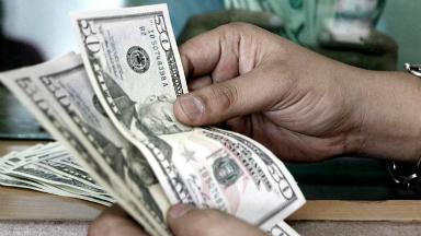 AUDIO: Para economista, el permiso del FMI traerá calma en el dólar