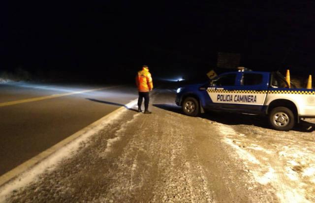 FOTO: Nevó en las Altas Cumbres y piden circular con precaución