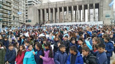 AUDIO: 15 mil chicos de Santa Fe realizarán la Promesa a la Bandera