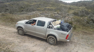 AUDIO: Con su camioneta juntó la basura que dejó el paso del Rally