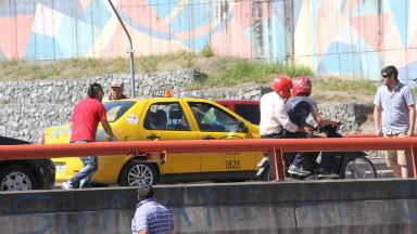 AUDIO: Taxista contó que le rompieron la óptica del auto