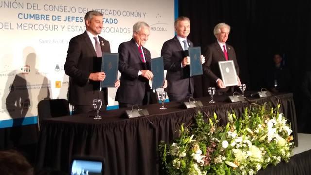 FOTO: Mundial 2030: oficializan ingreso de Chile a la candidatura